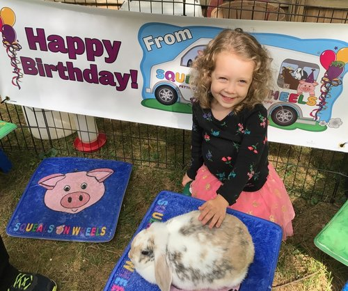 Squeals on Wheels | Traveling Petting Zoo