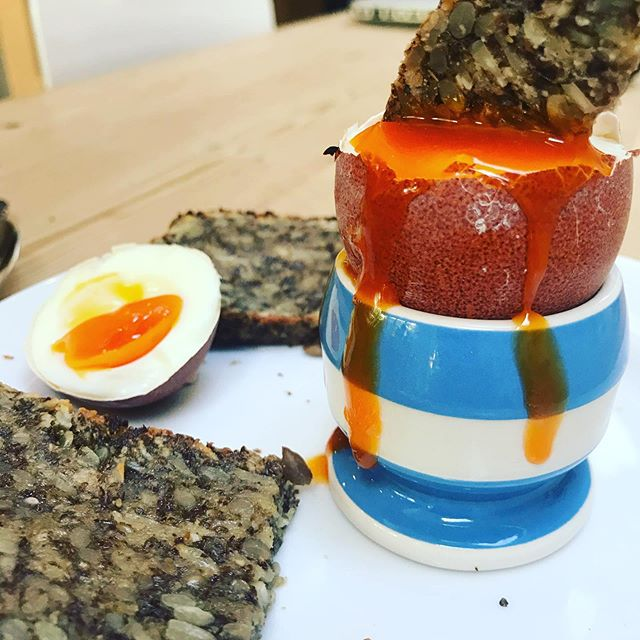 My favourite breakfast is a boiled Burford Brown egg with toasted, buttered Nutty Seed Bread - provides good fats, protein, fibre, tastes delicious and keeps me going until lunchtime #healthyfood #health #breakfast #menopause #perimenopause #womenshealth #guthealth #glutenfree #feedyourhealth #burfordbrowns