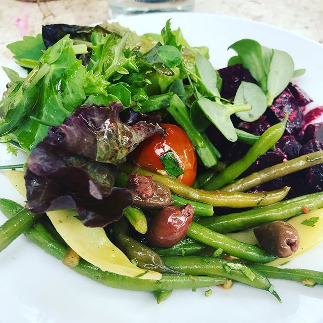 Yummy bean salad @petershamnurseries cafe today - perfect lunch spot #petershamnurseries #lunch #nutrition #nutritionist #health #healthyfood #feedyourhealth