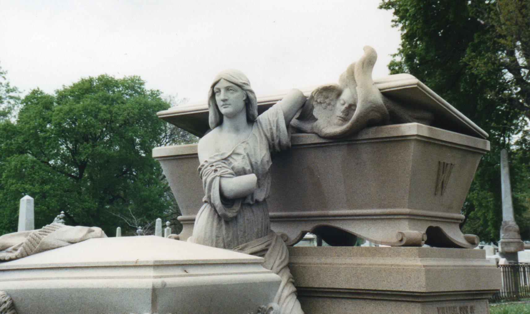 Laurel Hill Cemetery, courtesy of CemeteryTravel.com