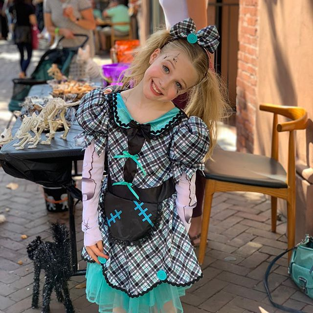 """Our little """"Gracie Mae"""" is not so little anymore. #thecollinsquarter #savannahgeorgia #southerners #foodie #visit #instapic #picoftheday #halloweencostume #wagoweensavannah #saturdayvibes #aussiesofinstagram #aussie"""