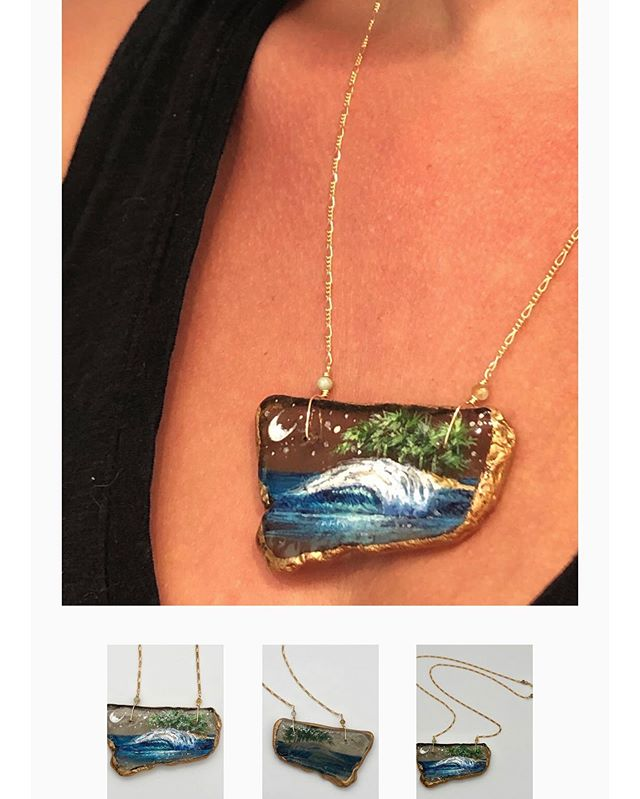 Have you seen my selection of necklaces online? They range from teeny tiny to larger statement pieces. All made from found sea glass and painted with love! SHOP here: http://www.artistheatherritts.com/shop/midnight-moonlight . . . . #jotd #designer #sparkle #jewelrylover #handmadejewelry #oceanart #coastalart #oceanlover #wavepainting #seaglass #madeincalifornia #oceanlovers #seaglassjewelry #paintedseaglass #seaglasspainting #oneofakind #beadedjewelry #styleoftheday #beachstyle #coastalstyle  #summerwardrobe #beachaccessories #resortstyle #saltyhairdontcare #holidaywardrobe #funfashion #seajewelry #styleinspiration