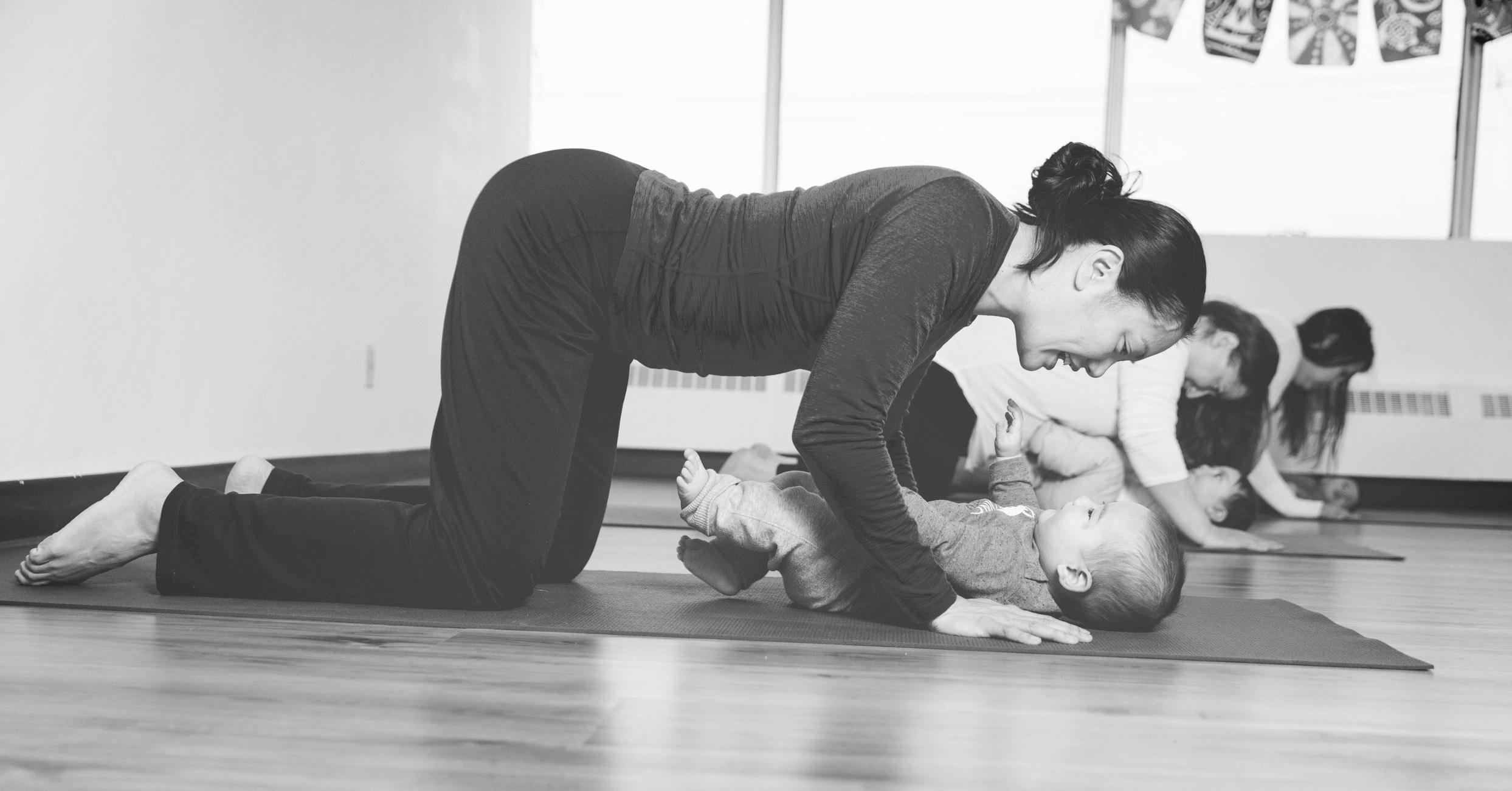 Postnatal_Yoga_1