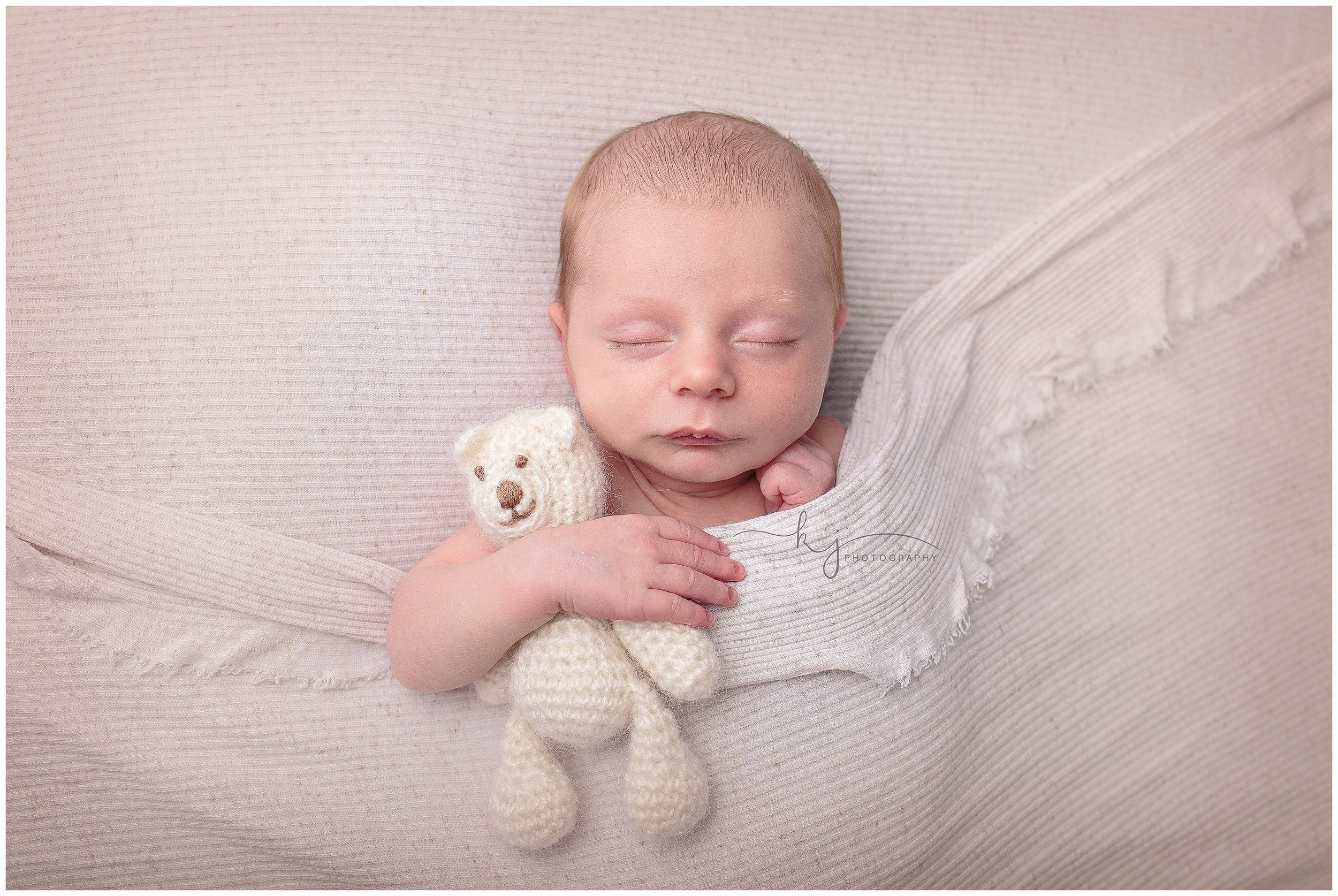 Kayla J Photography, newborn photographer, seattle newborn photograher, newborn boy, newborn studio photographer (9).jpg
