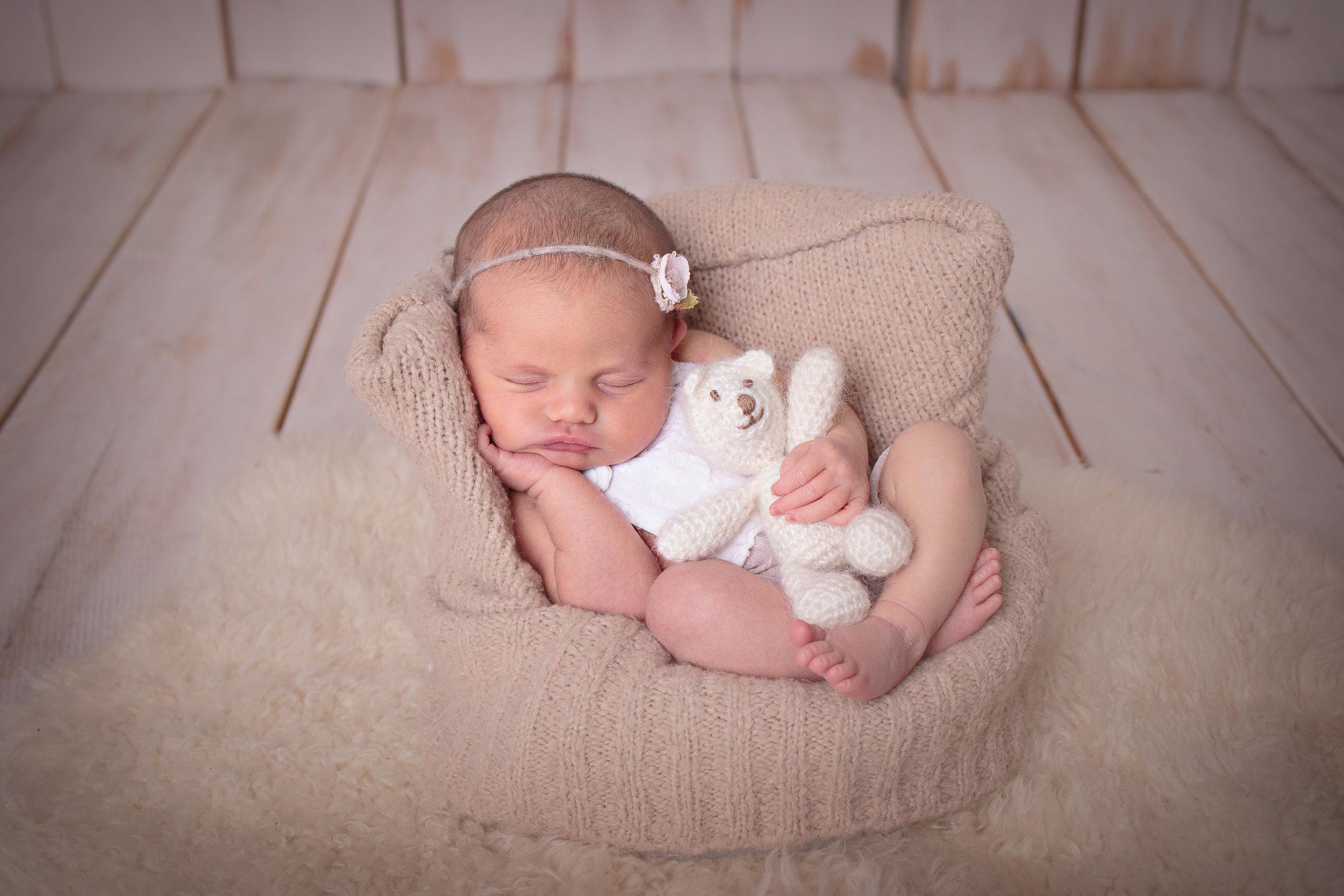 Kirkland Washington Newborn Photograher (7).jpg