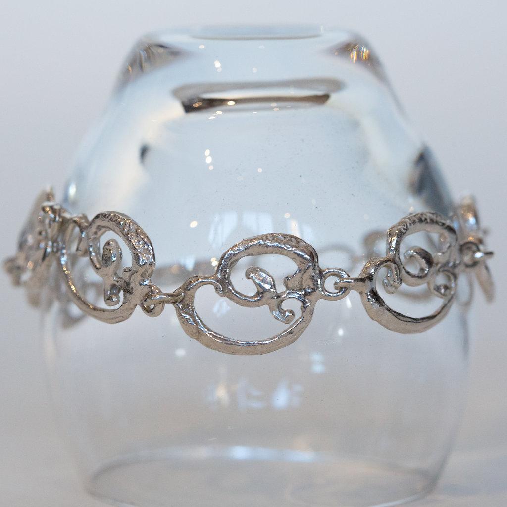 Ornamental Link