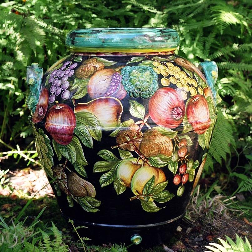 Palermo large garden urn.jpg
