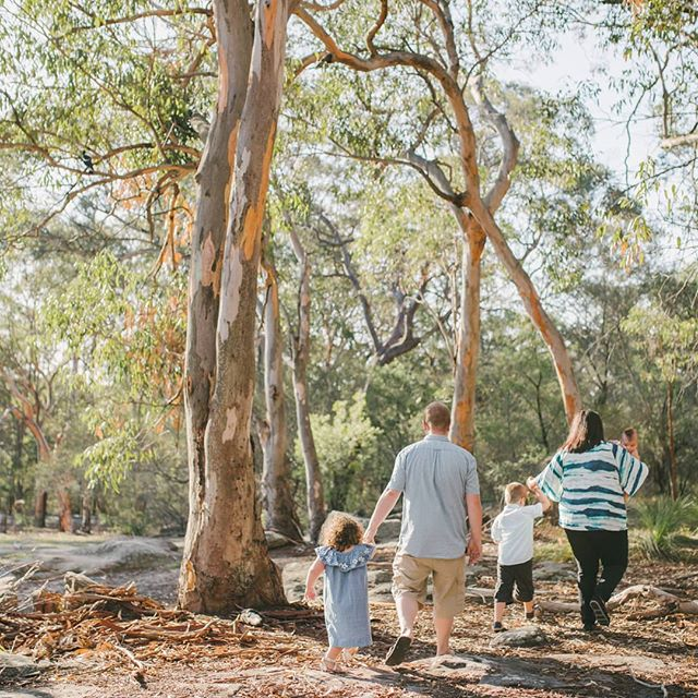 This year I'm taking on more family photography alongside my weddings - if you're looking for natural and relaxed family photos with no awkward posing, I'd love to hear from you! . Out exploring with the Bittar family and some perfect late afternoon light . . . . . #family #wollongong #wollongongfamilyphotographer #familyphotography #familyphotographer #illawarrafamilyphotographer #childhoodunplugged #wollongongphotographer #thefamilynarrative #thefamilynarrativeaustralia