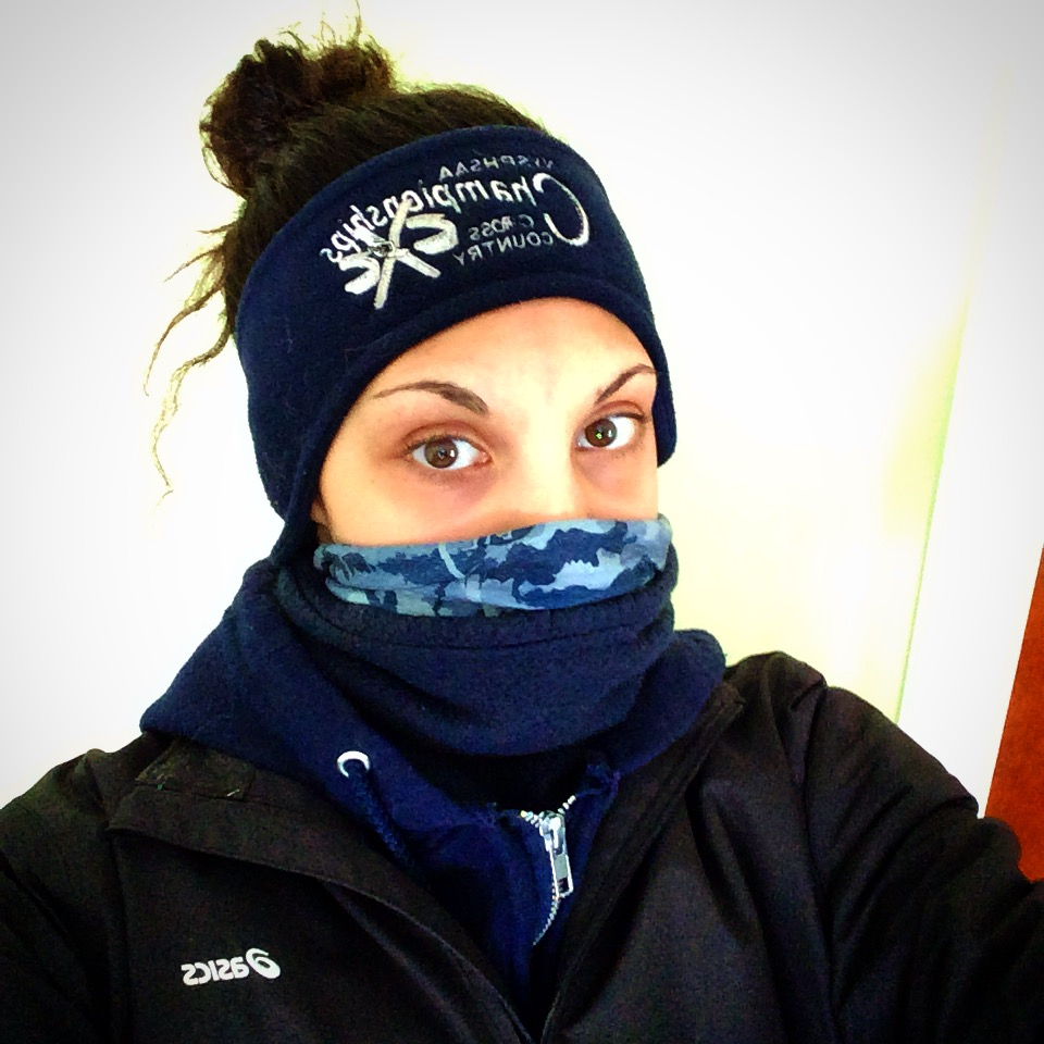 This time last year, it was actually cold in New York. It hit 70 today...so, neither a face mask nor layers were necessary for my run today.