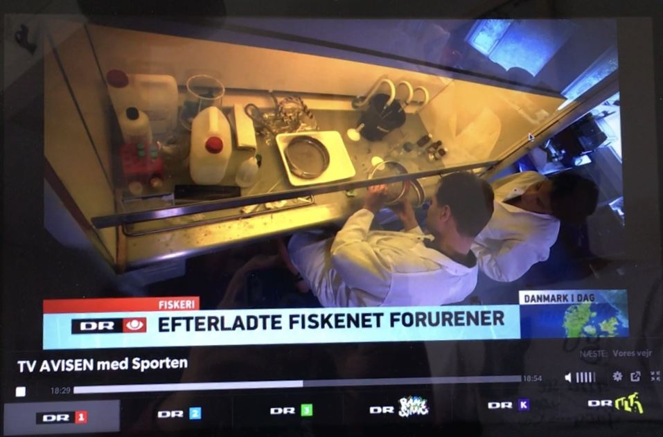 My debut on Danish television with scientist and plastic expert Kristian Syberg at Roskilde University in Denmark. July 2017. ©DR