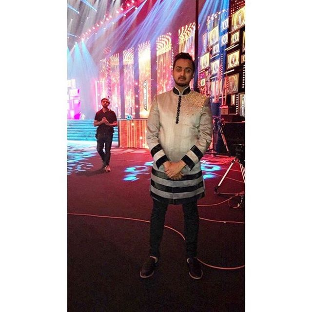 @mondayswithmohan looks great in our Carter Sherwani at #iifaawards2016