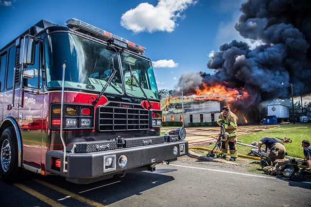Caddo Fire District 3 had some serious work yesterday as 22,000 gallons of over 100 different chemicals burned up in a massive warehouse fire. Great work guys! #chemicalfire #fire #firefighter #chiefmiller