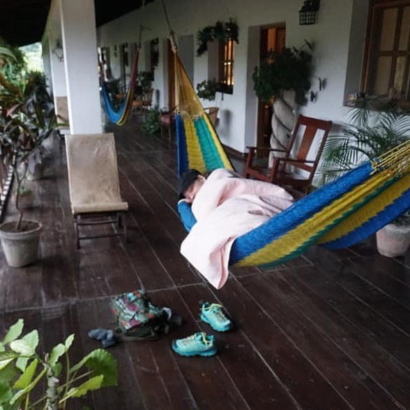 Self explanatory! Picture yourself in her shoes #hammock #cold #nap #travel #copan taken from Alejandro's wall 😬