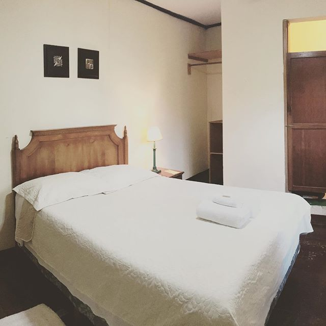 Not bad for $15, wouldn't you say? Shouldn't you be in our bed? #copan #hotel #hostel #travel #honduras #discover #tranquil