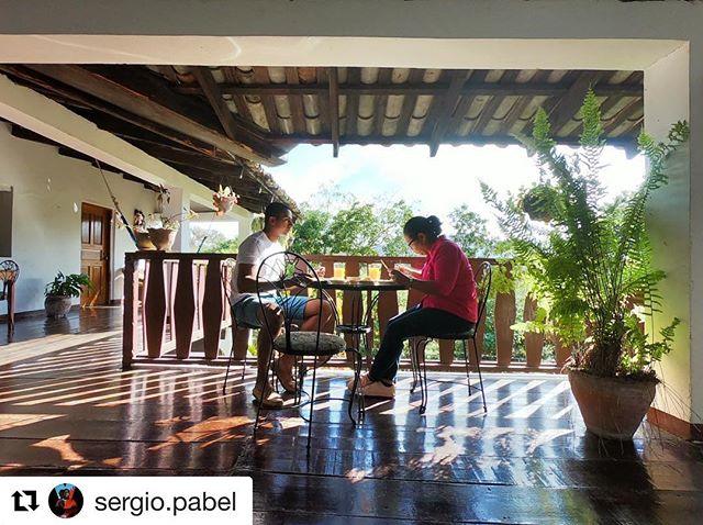 """#Repost @sergio.pabel with @get_repost ・・・ Que nunca estemos tan """"ocupados"""" para no pasar tiempo con las personas importantes en nuestras vidas. ¡Estamos a tiempo! 📍: @madrugada.copan . . . . . #MadrugadaCopan #CopanRuinas #Mom #Honduras"""