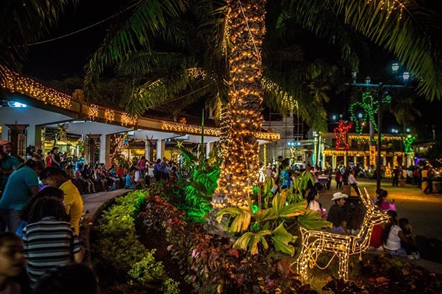Copan got lit up to welcome Christmas! Join us for a colorful December. Photo Courtesy of Pedro Ramirez #copan #christmaslights #christmas #town #people #mingle #share
