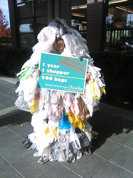 Abbe Gloor as the Bag Monster, wearing the number of bags the average person uses per year