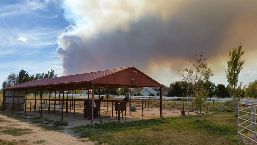 Sweet-Pepper-Ranch-view-of-wildfire-smoke.jpg