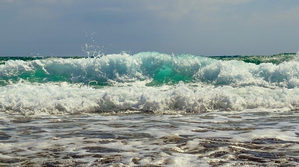wave image 2.jpg