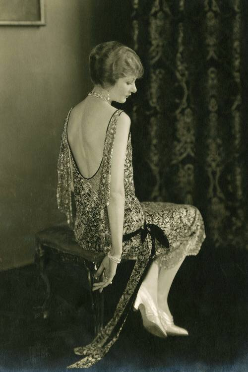 Fashion photo from  Vogue , 1924