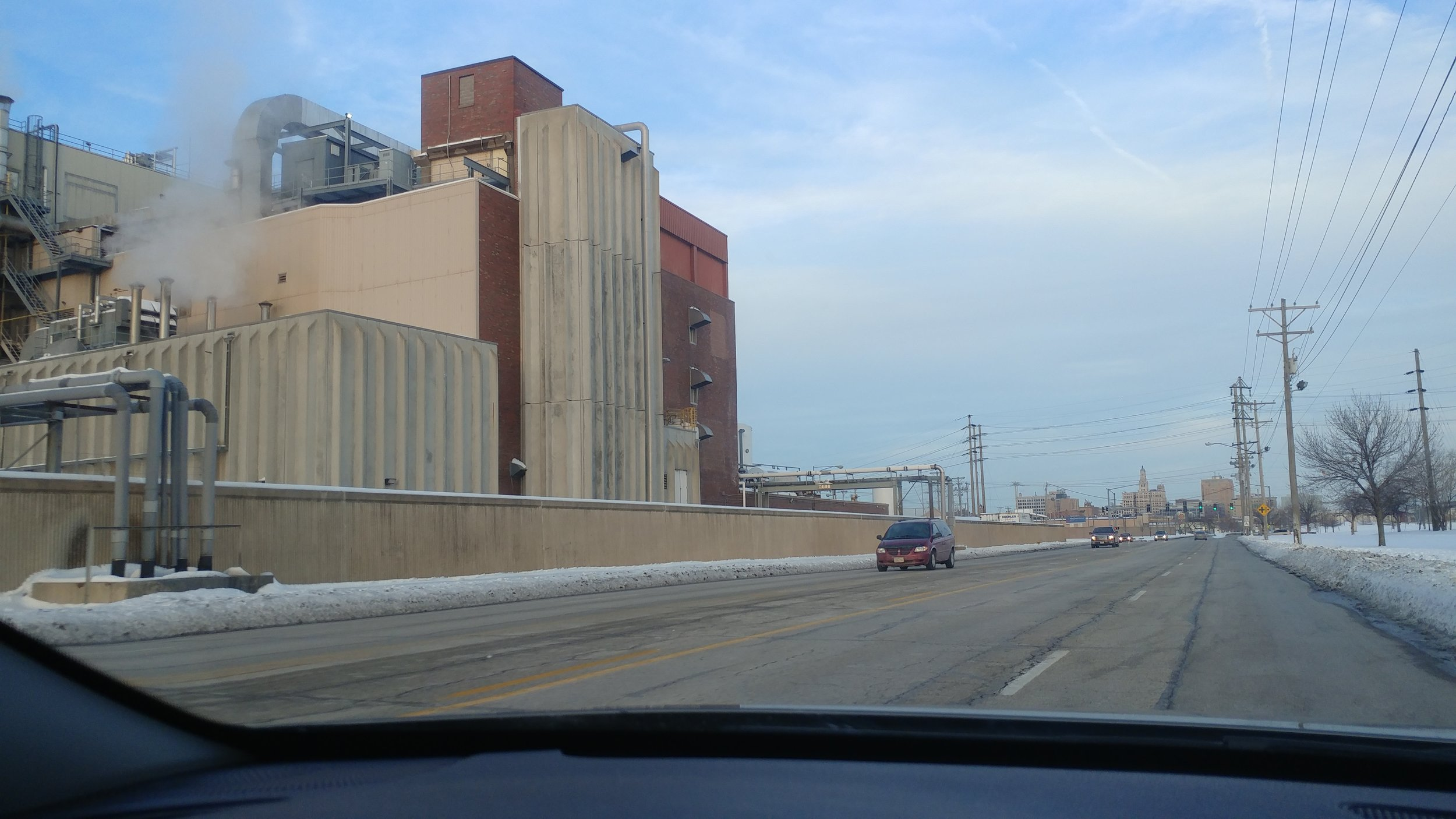 Kraft Food's Oscar Mayer plant in Davenport, IA as seen from River Drive on its southern border.