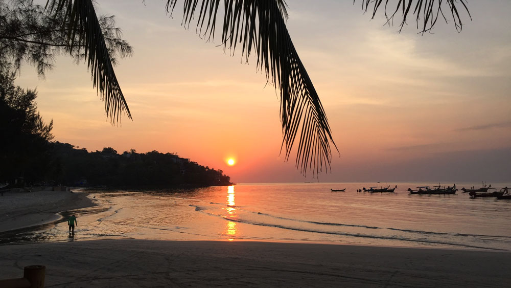 Gorgeous sunset on Kamala Beach