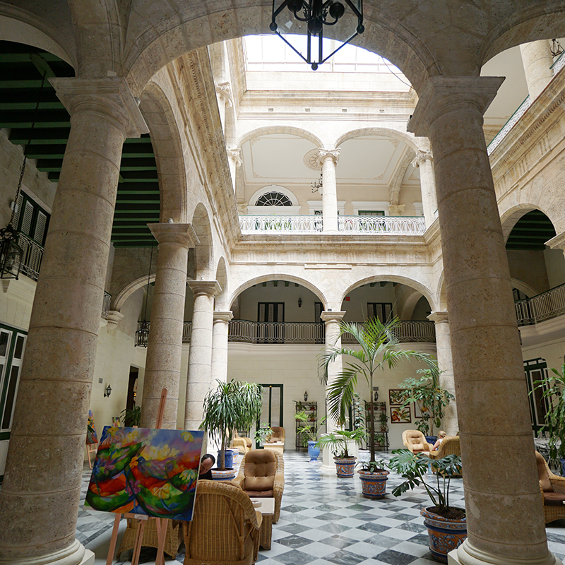 The lobby of the Hotel Florida
