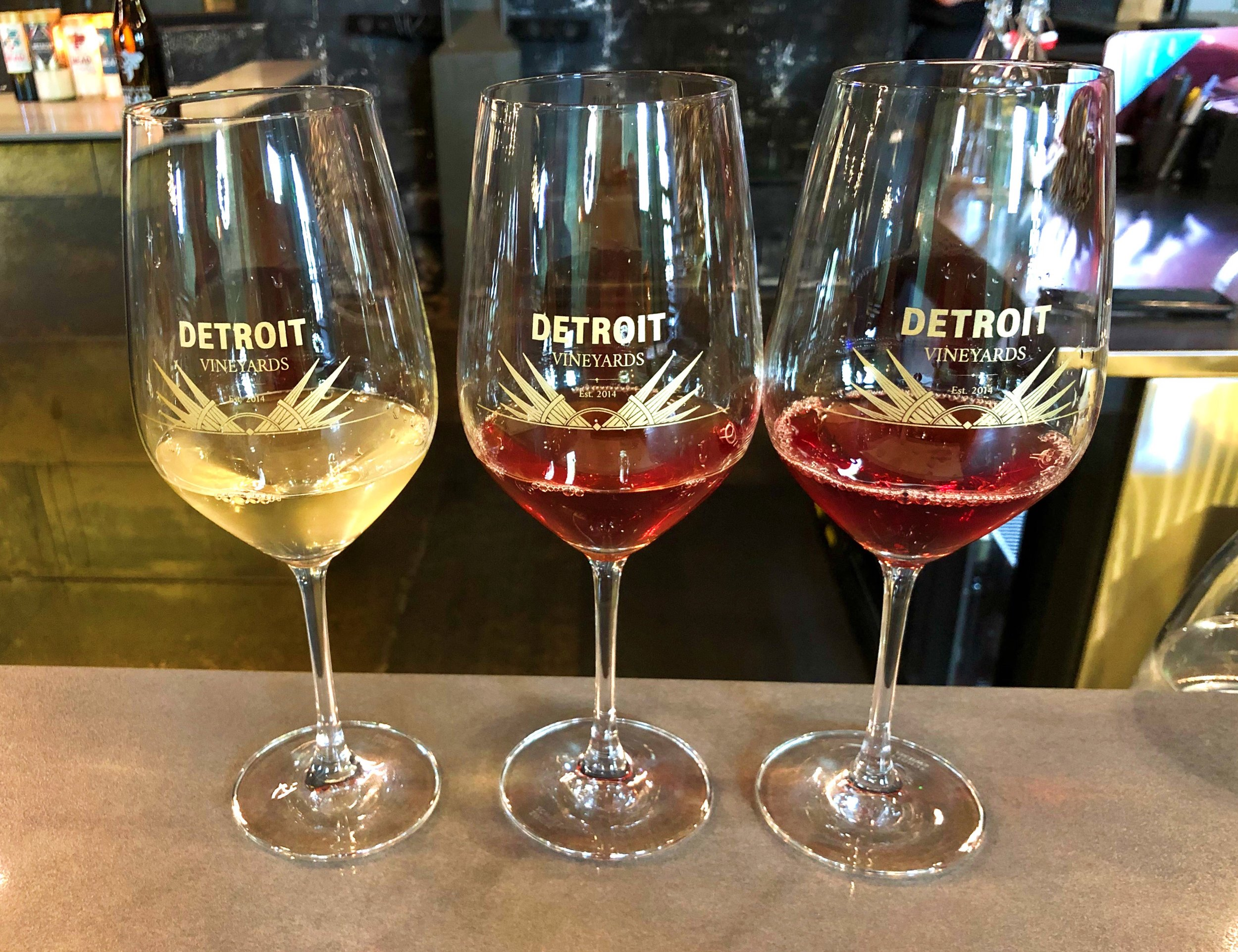 I love the art deco design of the logo on the glassware at Detroit Vineyards