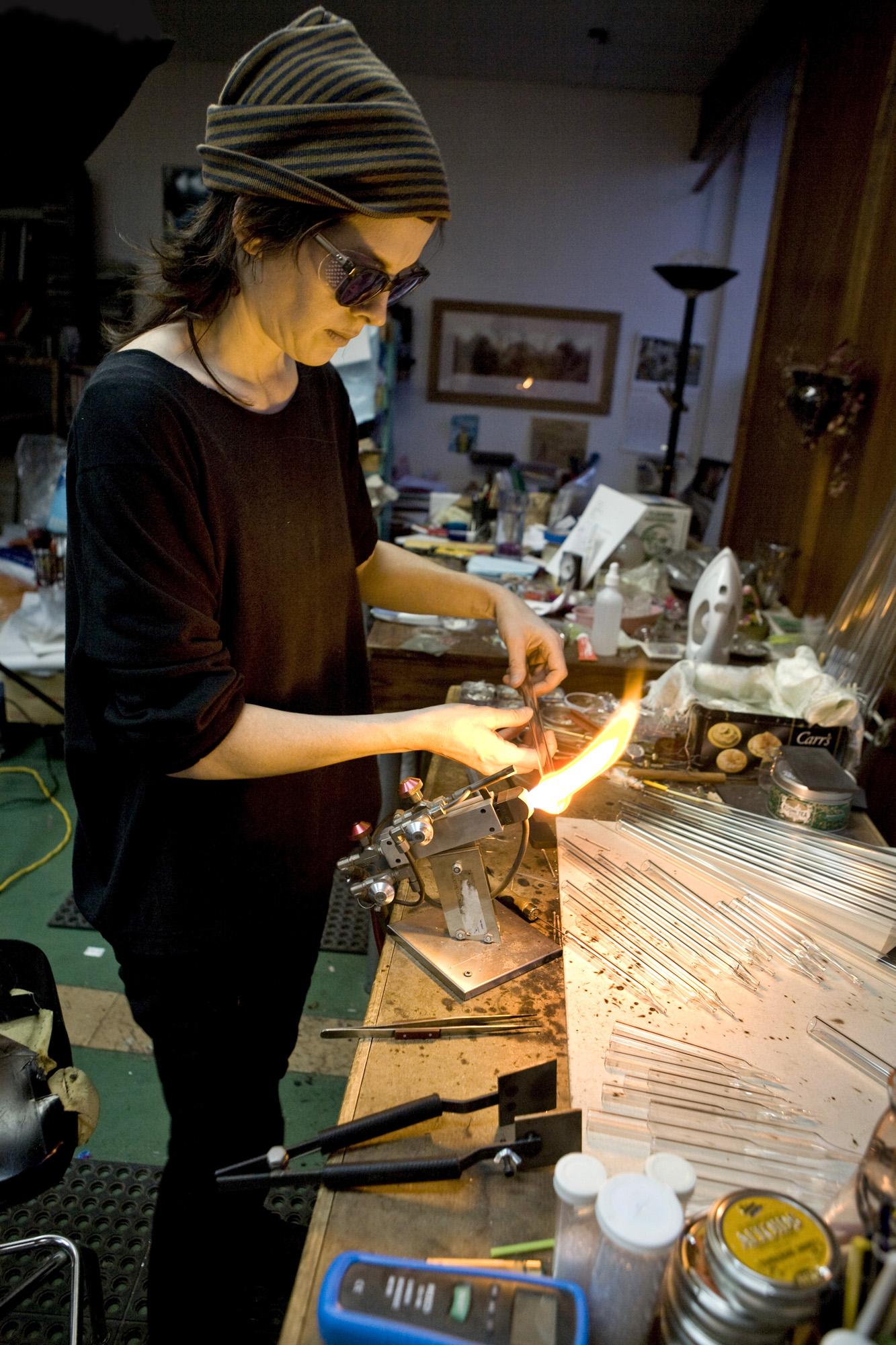 Vanessa Yanow: Montreal Artist-at-Work  – montrealgazette.com, April 8, 2014