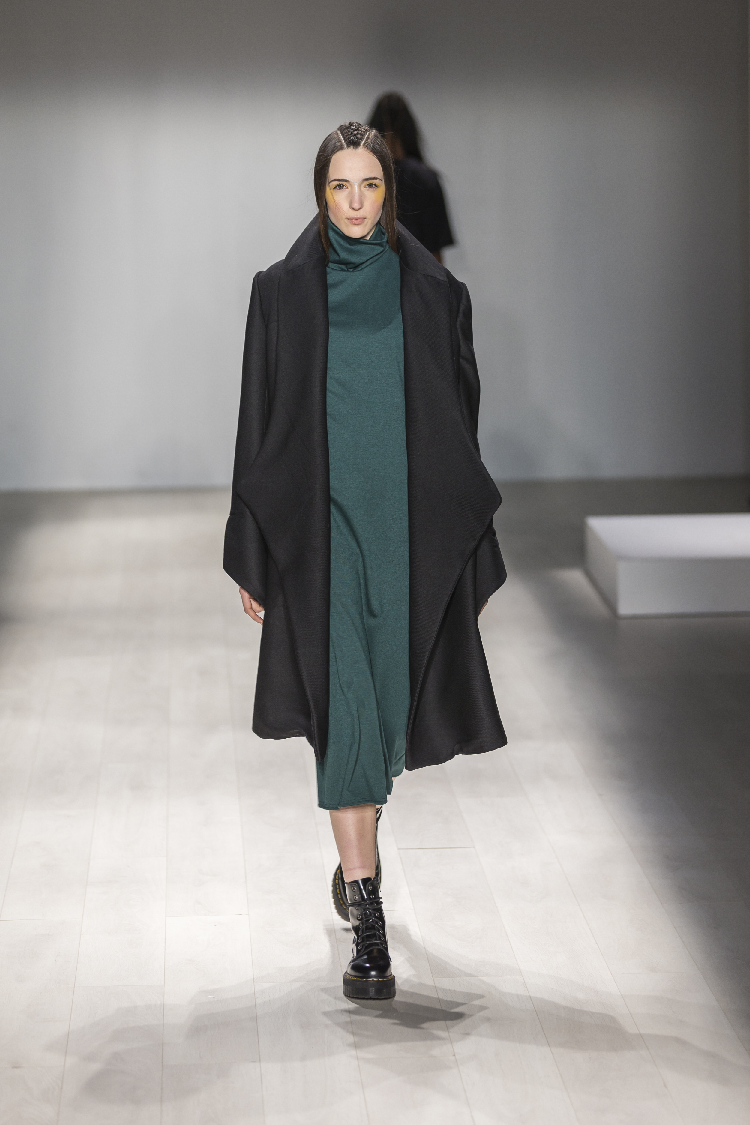 World MasterCard Fashion Week FW14: In With the Old, In With the New  – divine.ca, March 26, 2014