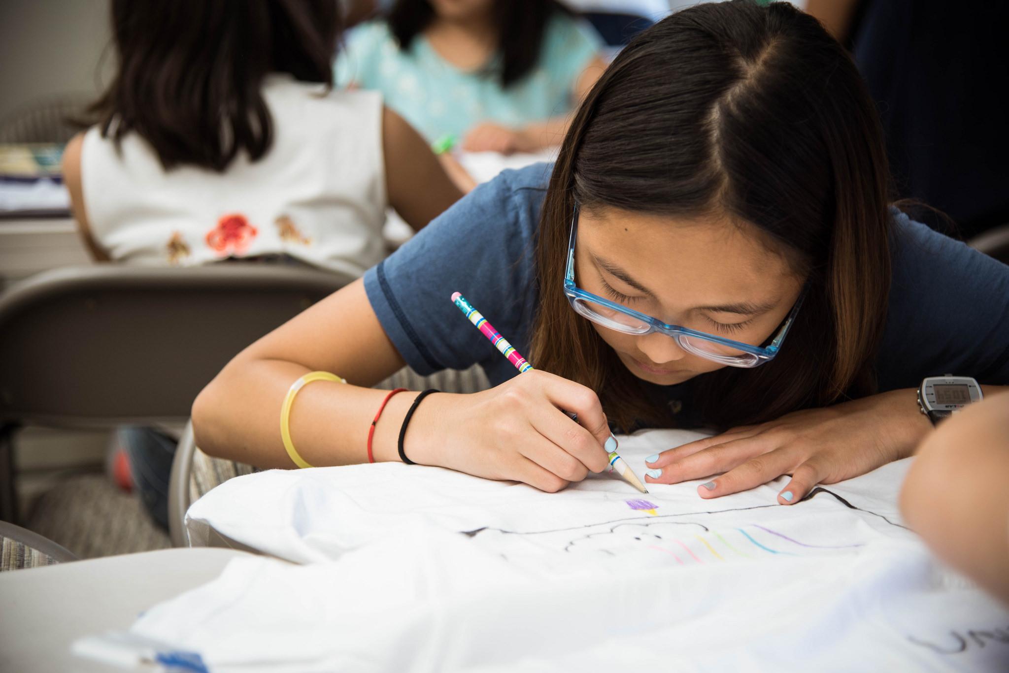 한글학교 - 참된한글학교는 하나님이 허락하신 고유 언어인 한글 교육을 통해 인격과 성품을 쌓아가는 시간입니다.More info →