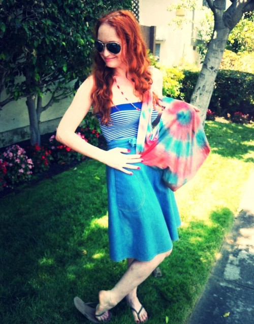 New Dress A Day - DIY - 4th of July Outfit - Tie Dye Satchel
