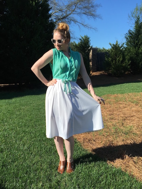Vintage mint & white dress 12