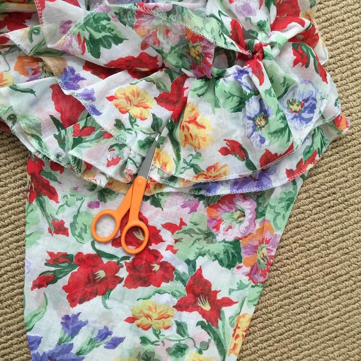 Vintage Ruffle Floral Dress 4