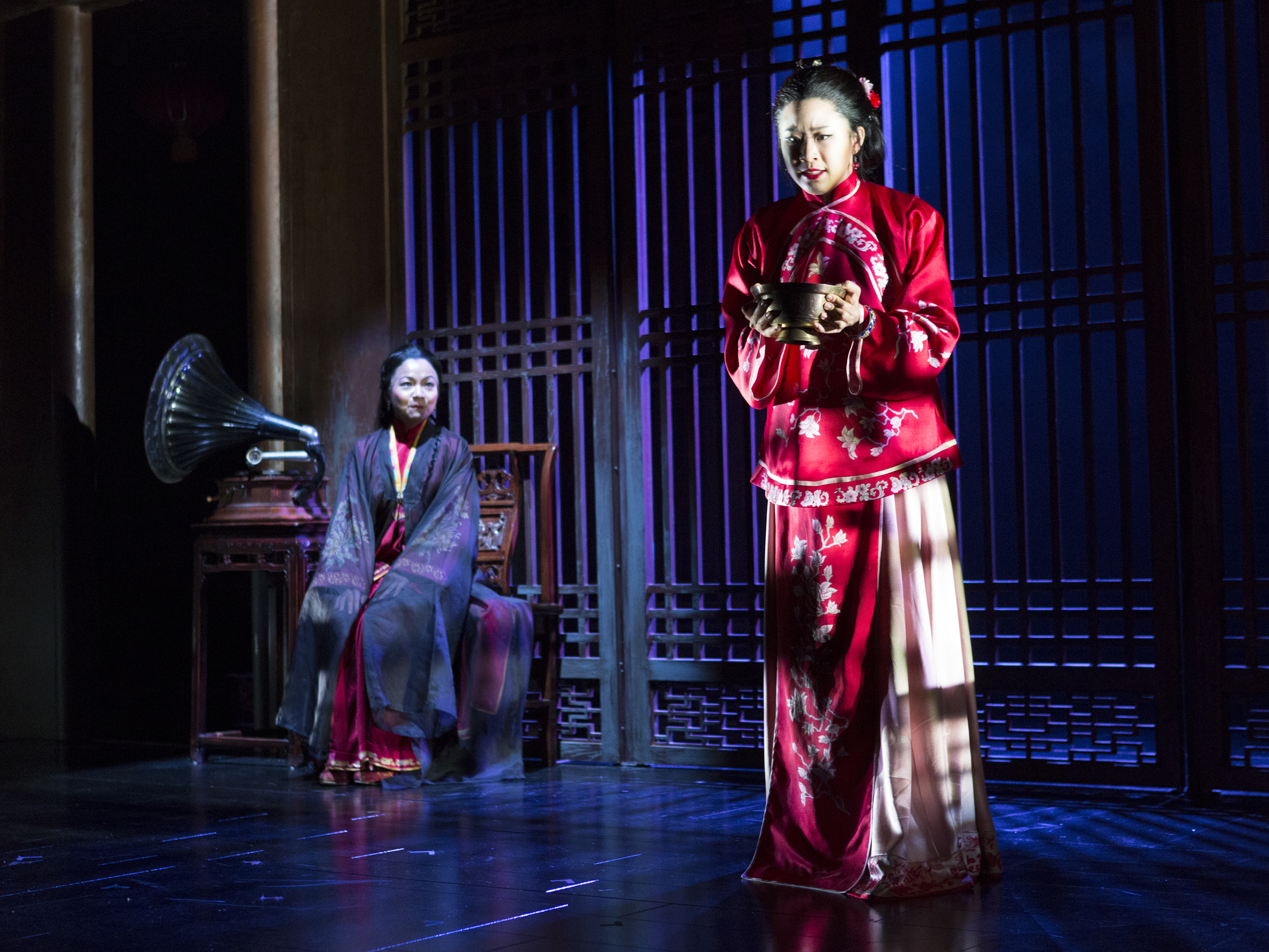 Julyana Soelistyo and Leslie Hu. Photo by Richard Termin, Signature Theater Production, 2012