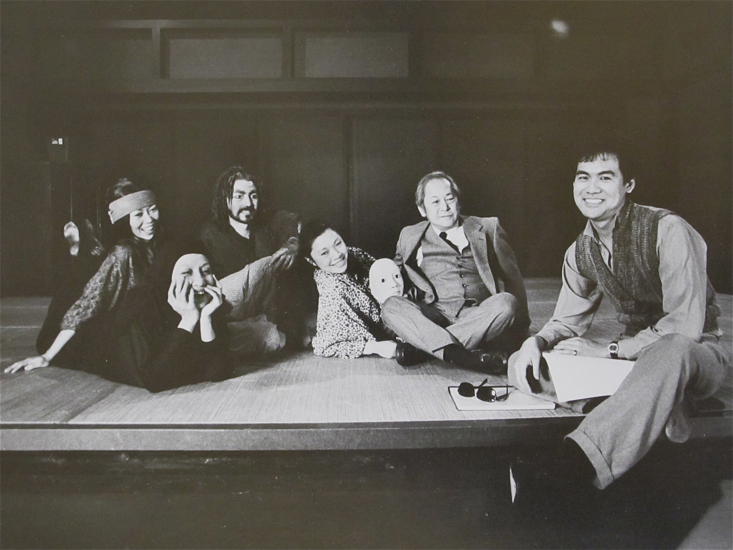 Natsuko Ohama, Ching Valdes-Aran, John Lone, Elizabeth Sung, Victor Wong, and DHH. Photo by Martha Swope.