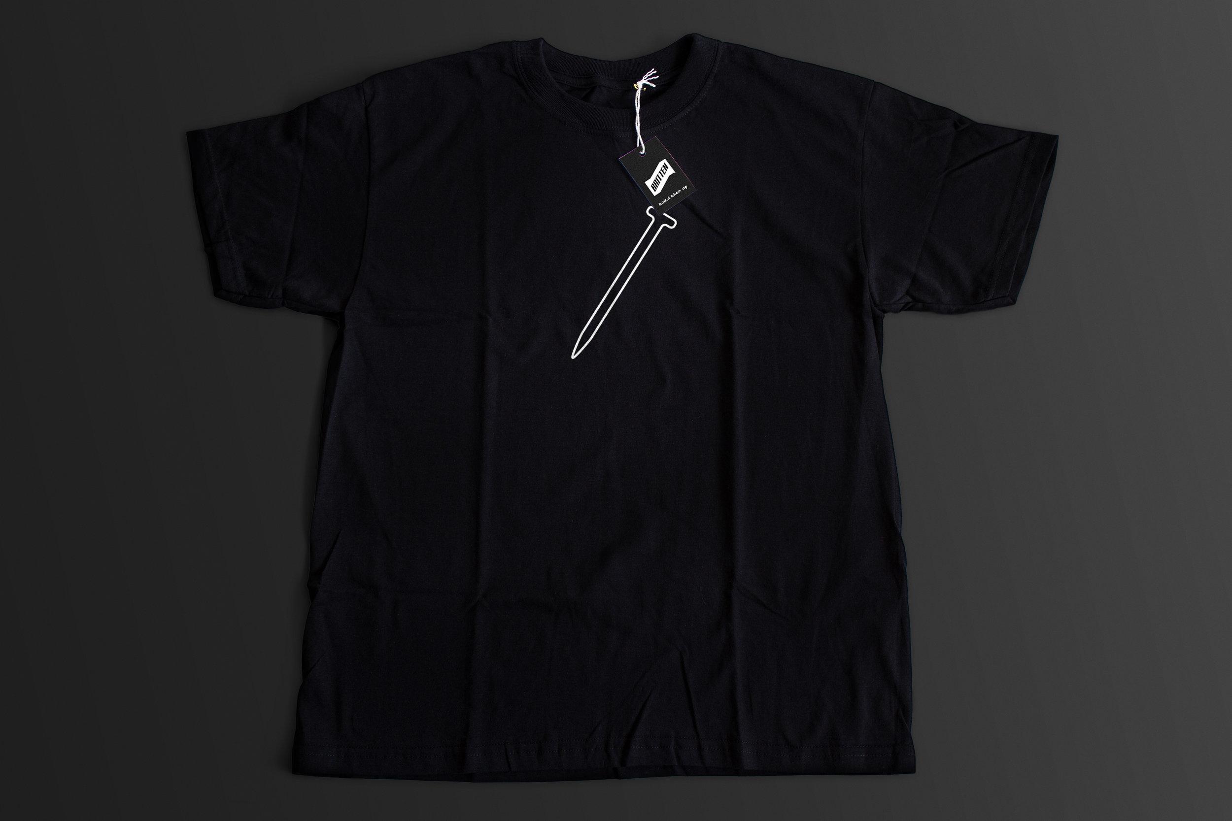 3D_britten_black-shirt_3_3000w.jpg