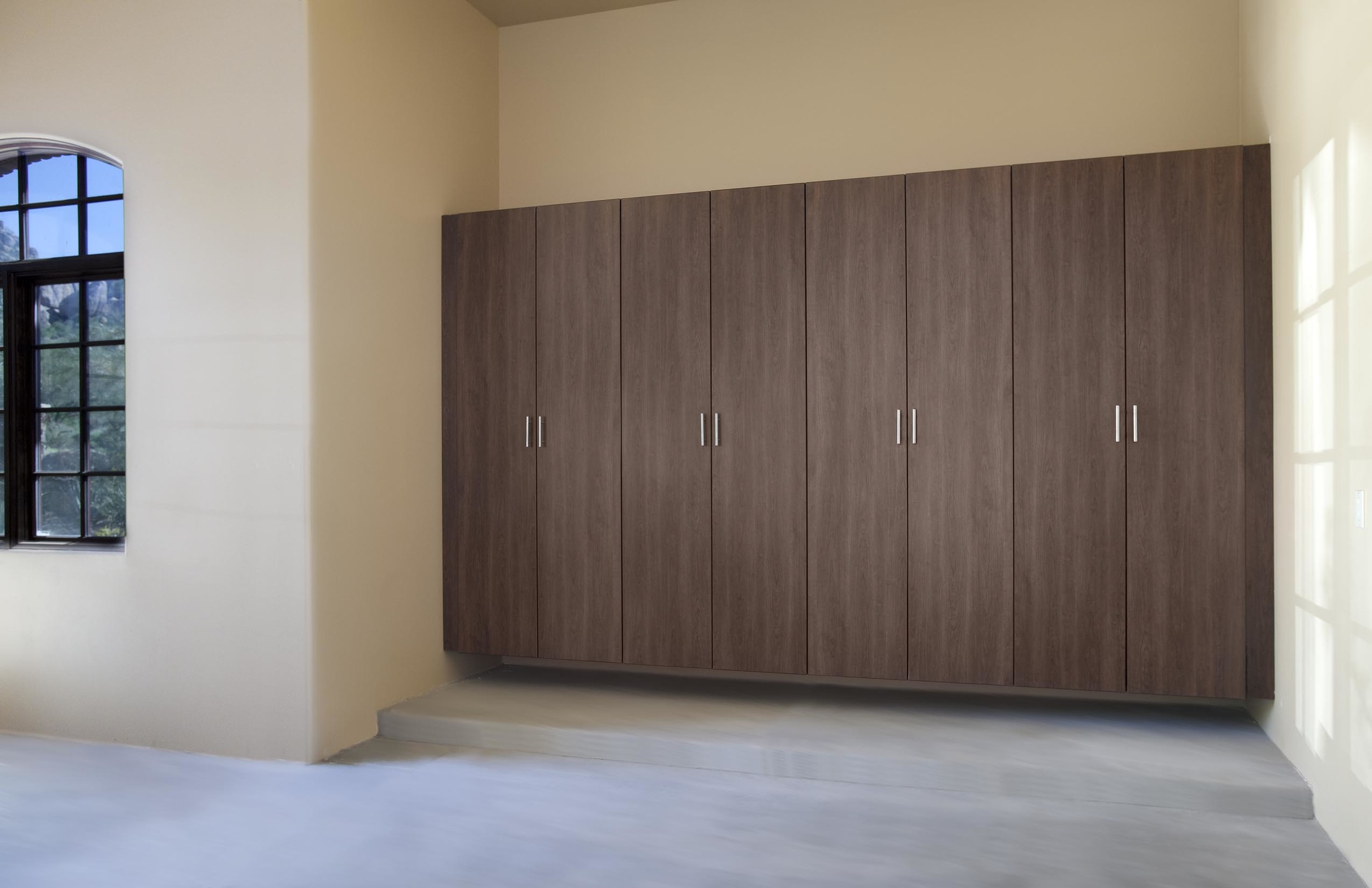 Garage Cabinets And Garage Organization Systems South Coast Organizers Lifetime Warranty Custom Closets Garage Cabinets Home Offices Laundry Rooms Entry Ways More