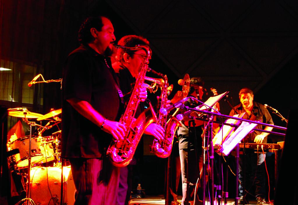 JE Festiva Hispana-01a.jpg