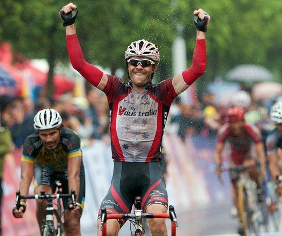 http://cyclingtips.com/2010/12/david-kemp/