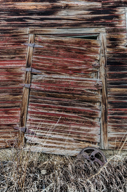 barn_door_2.jpg