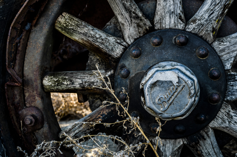 buick_hubcap.jpg