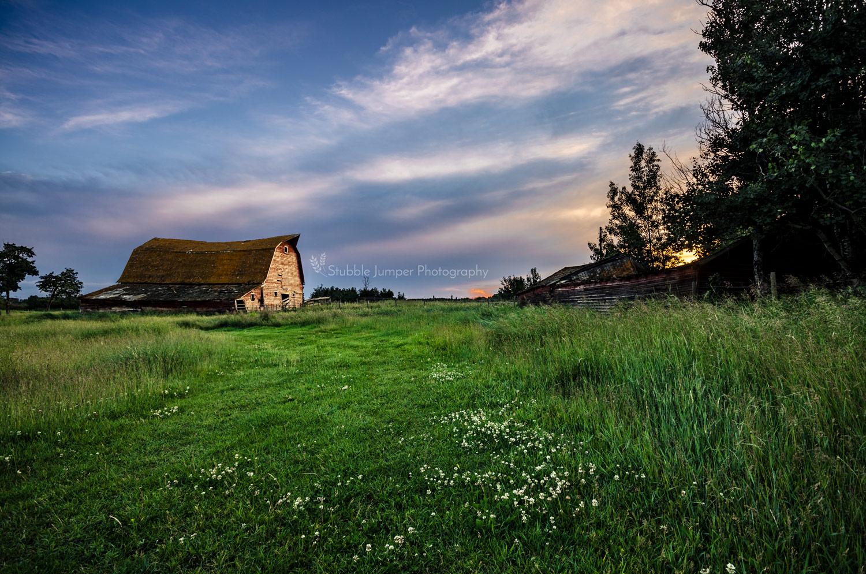 Glory Hills Barn