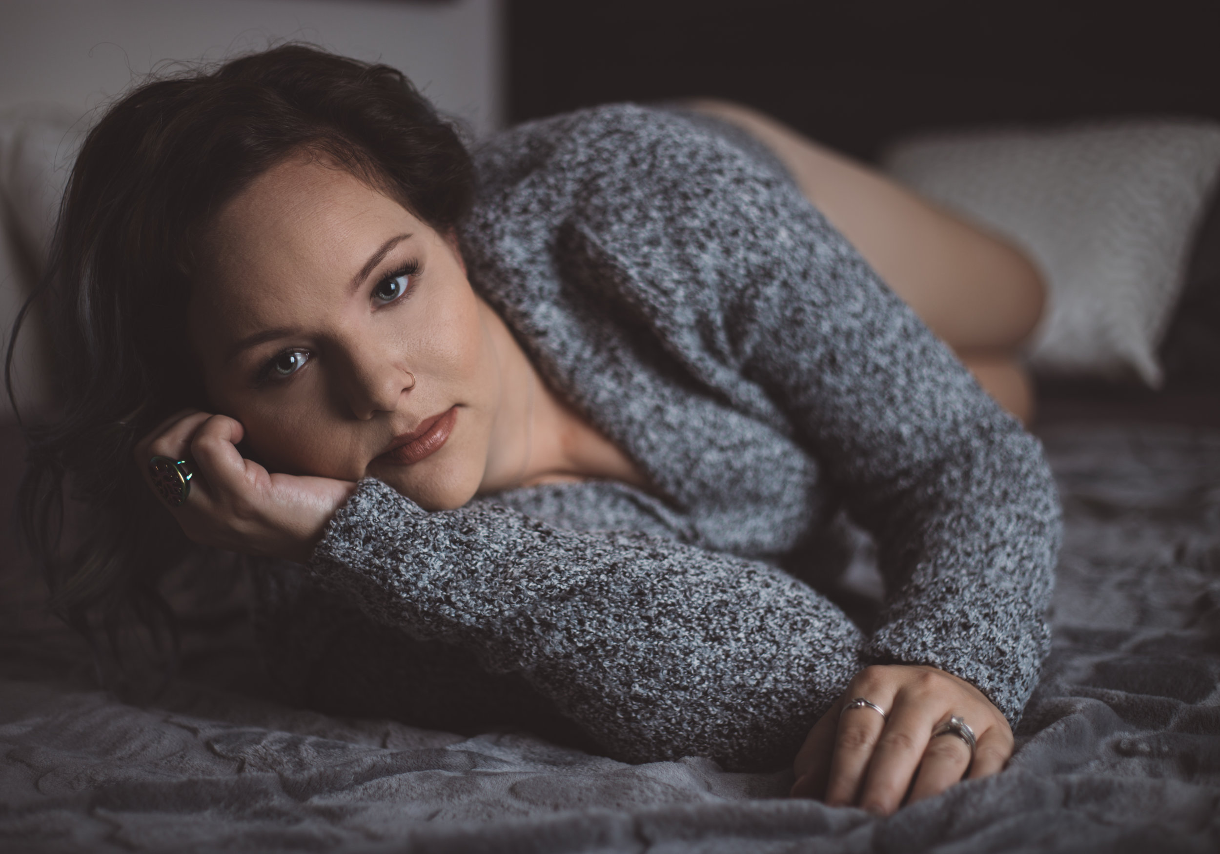 sweater-boudoir-photography-lake-jackson-texas-sincerely-you-portraits