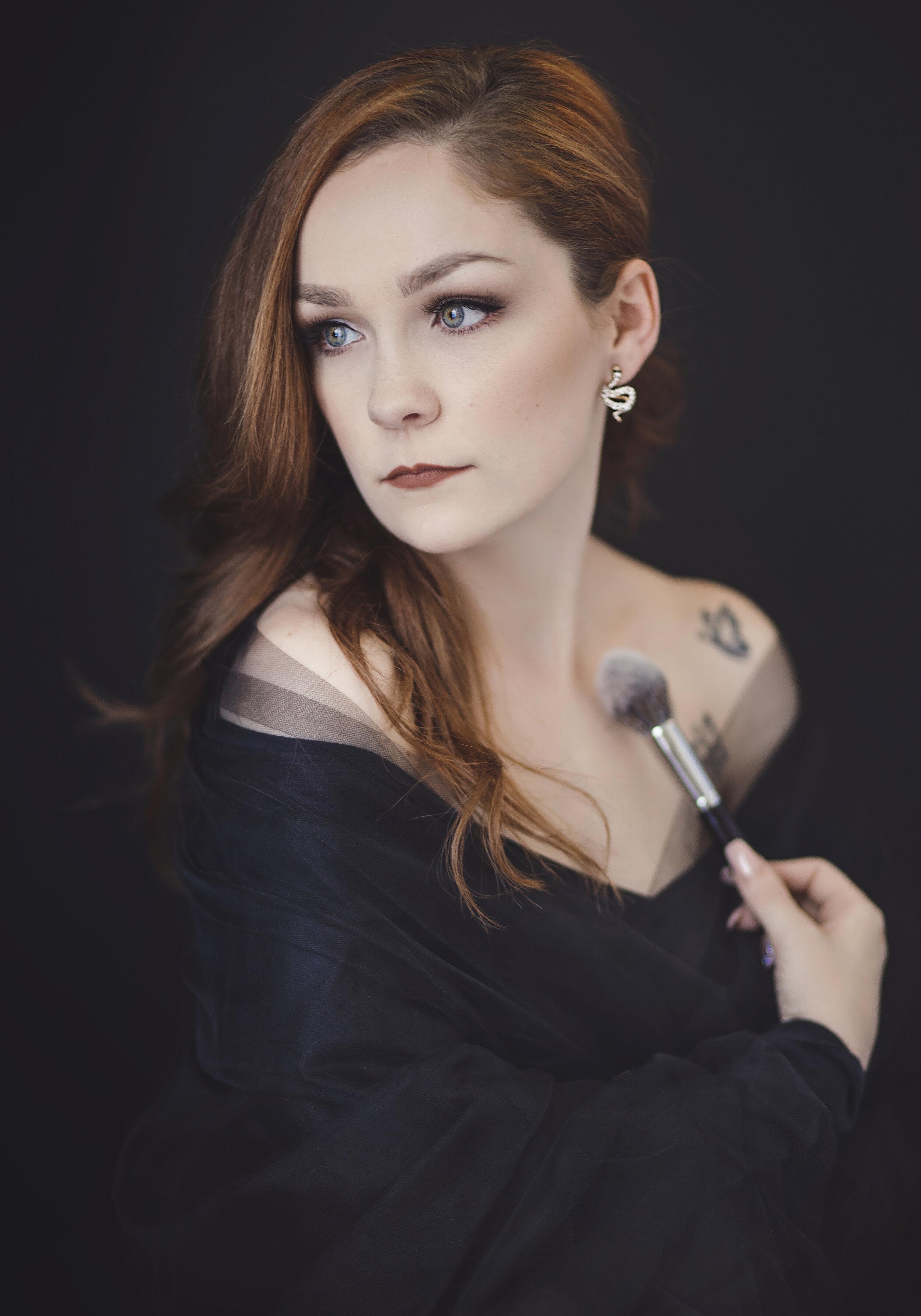 Robin, Makeover Artist