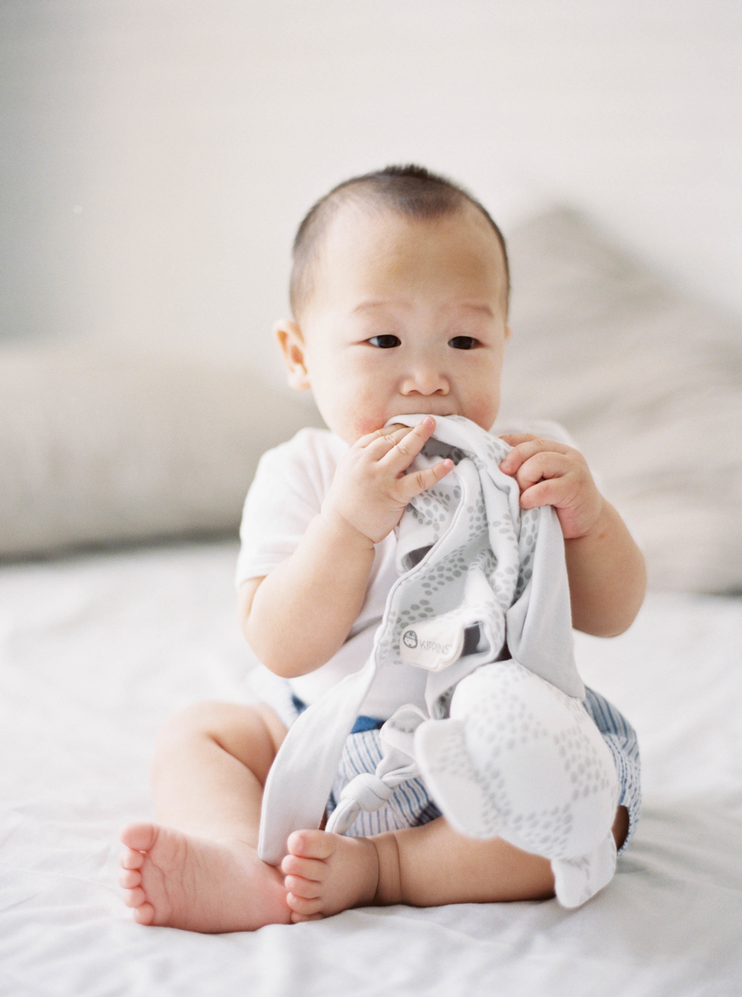 Cody-At Home-Simple-Baby Photography-8 Months Old-Studio June-Film Photography-Jakarta-1.jpg