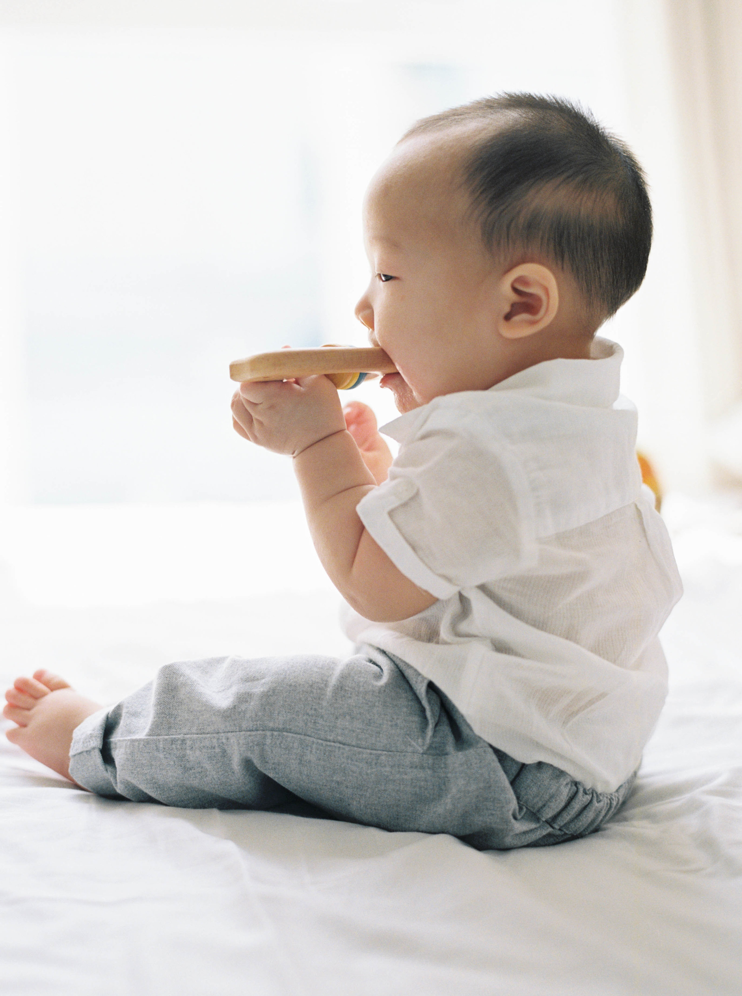 Cody-At Home-Simple-Baby Photography-8 Months Old-Studio June-Film Photography-Jakarta-39.jpg