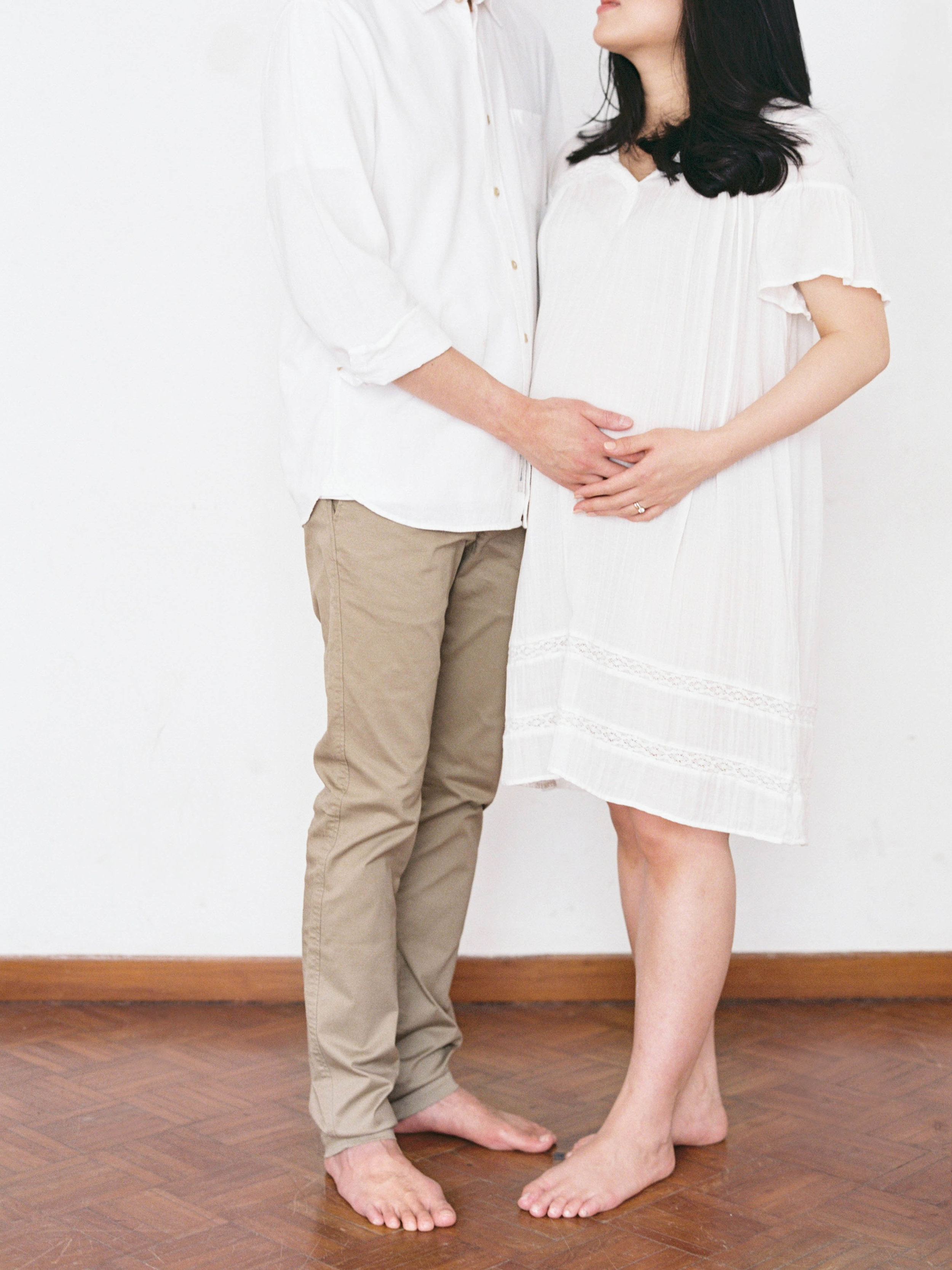 Gaby and Tim-Relaxed-Airy-Simple-Maternity Portrait Photoshoot-At Home-Jakarta-Studio June-Film Photography & Styling-37.jpg