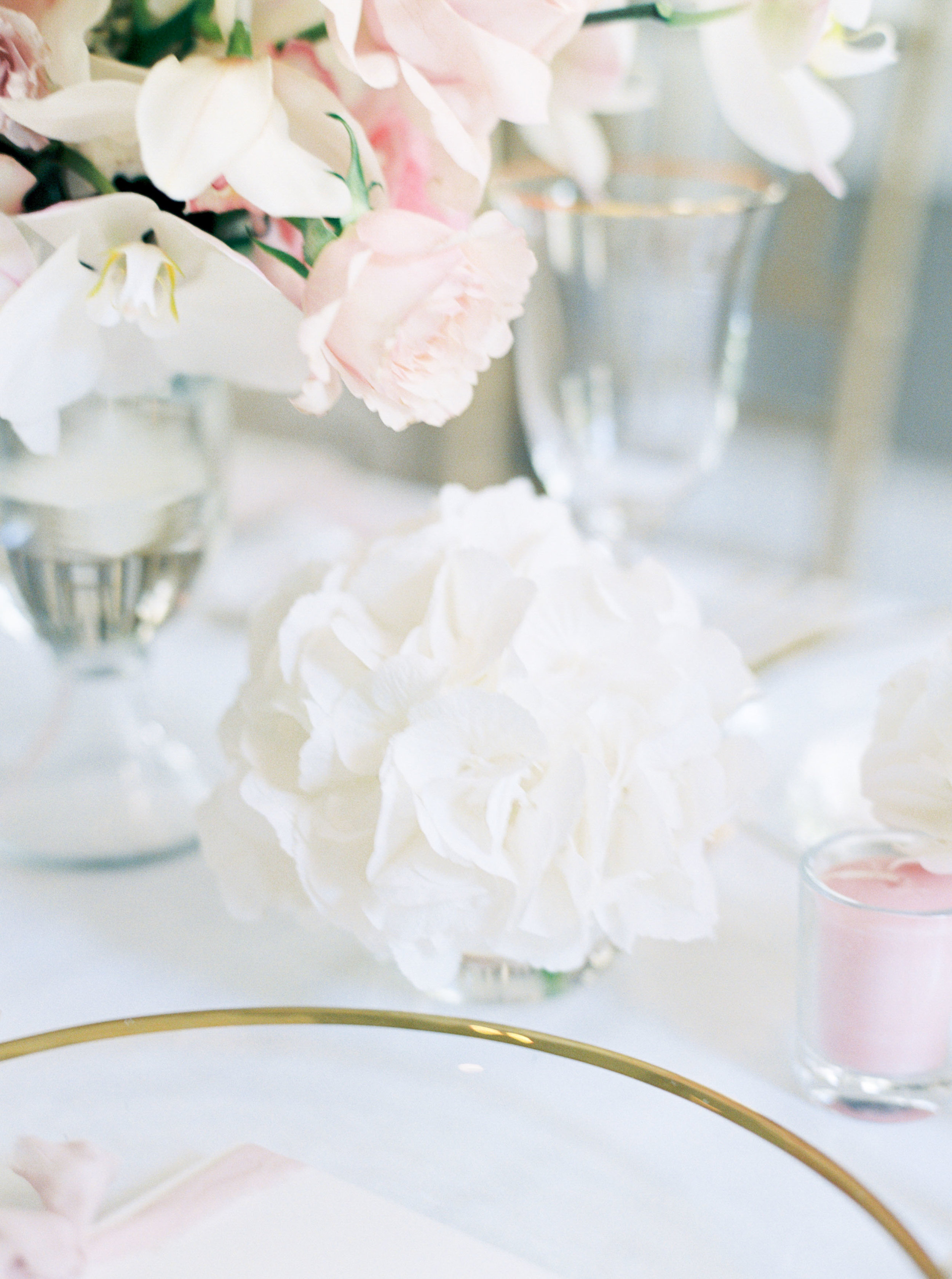 Jakarta-Elegant White Blush Baby Shower-Dimitri Events-Studio June Film Photography & Styling-13.jpg