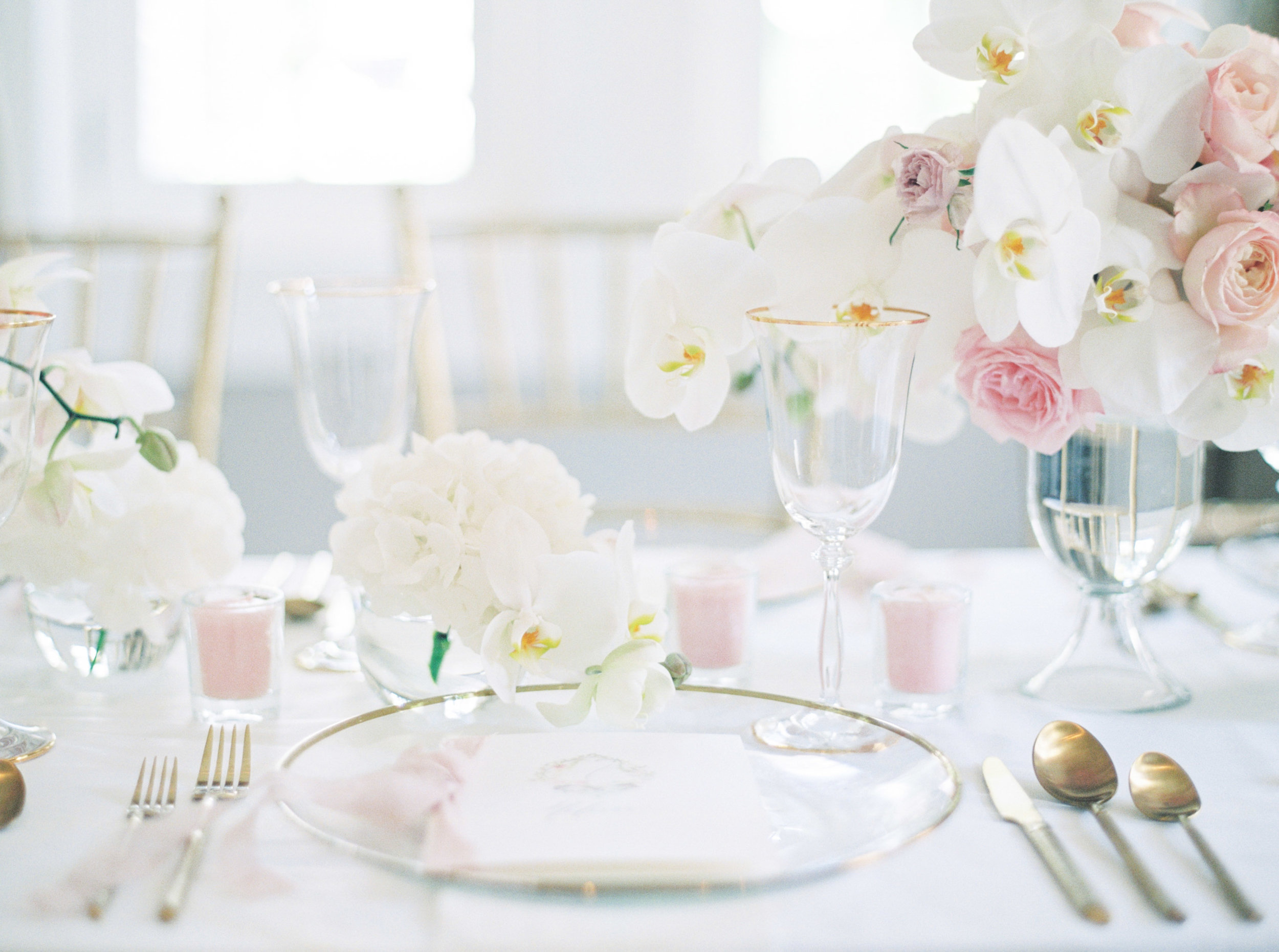 Jakarta-Elegant White Blush Baby Shower-Dimitri Events-Studio June Film Photography & Styling-14.jpg